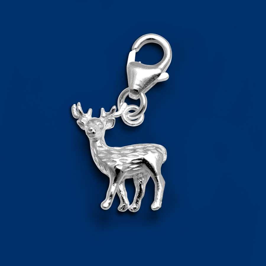 Compra el dije del ciervo para la pulsera charm de Las Siete Hermanas.